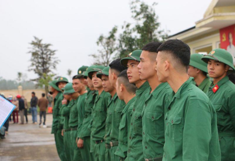 Intrase chào đón quân nhân hoàn thành nghĩa vụ quân sự trở về địa phương