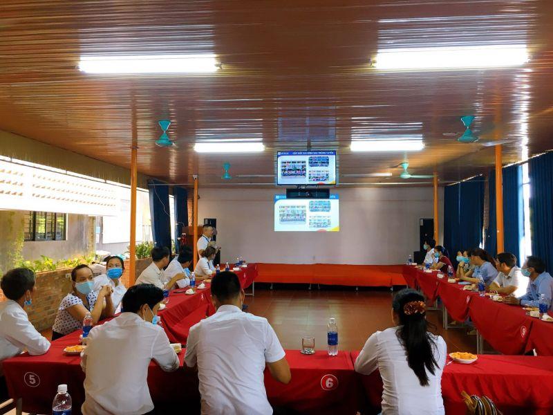 Đoàn công tác Huyện Quảng Điền đến thăm và làm việc với trung tâm Nhật Ngữ Intrase