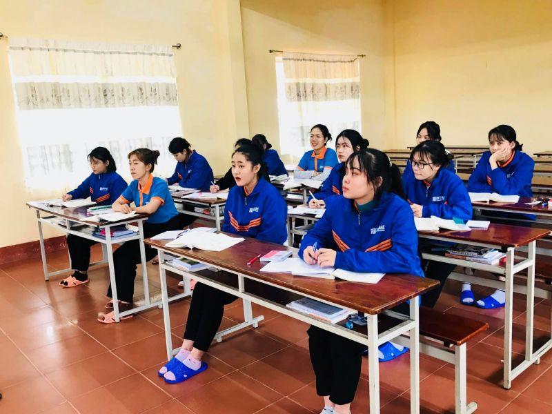 Cần tuyển 50 Nữ làm Giặt ủi công nghiệp