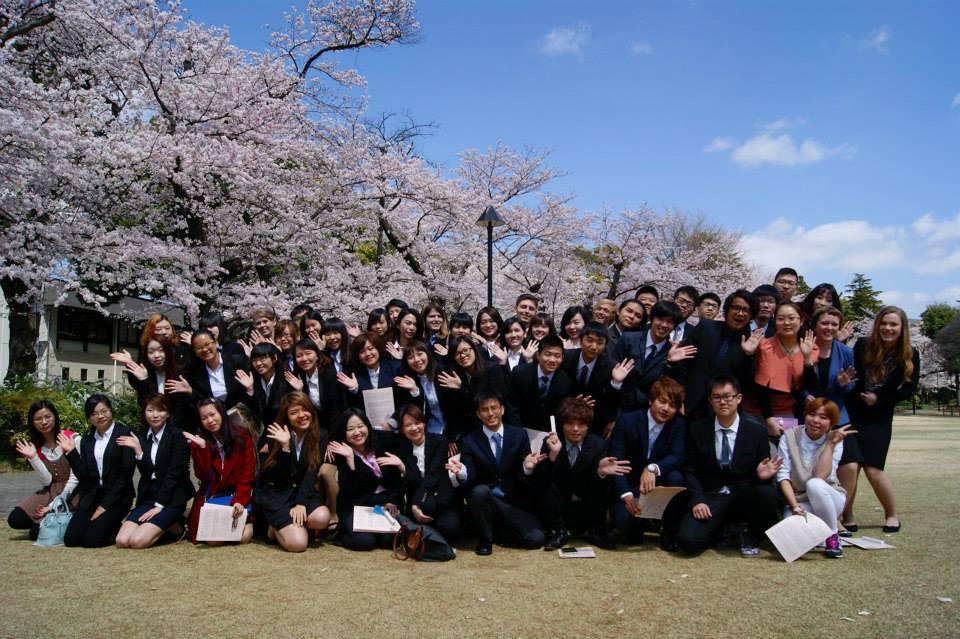 Nên đi du học Nhật hay xuất khẩu