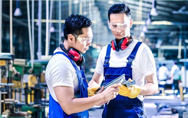 Xuất khẩu lao động Nhật Bản diện Kỹ sư: Nên hay không?